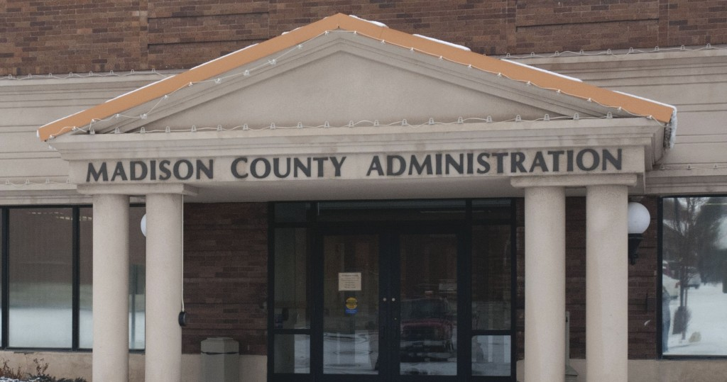 County commission holds open house