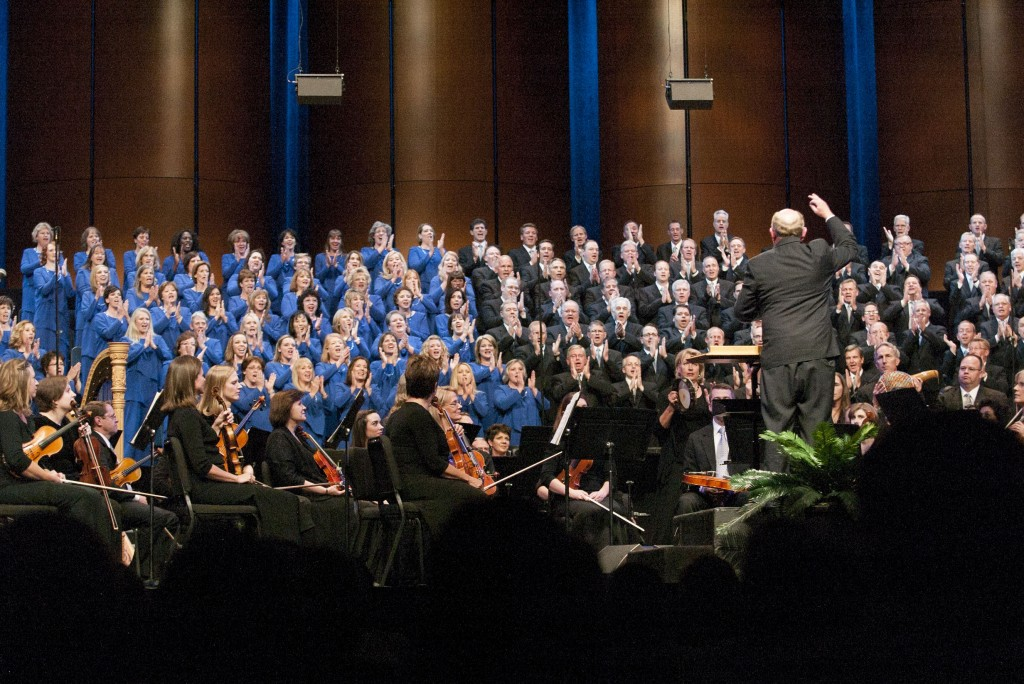 Mormon Tabernacle Choir members relate experiences