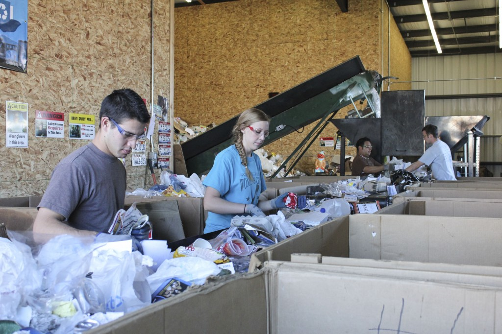Recycling center to hold open house
