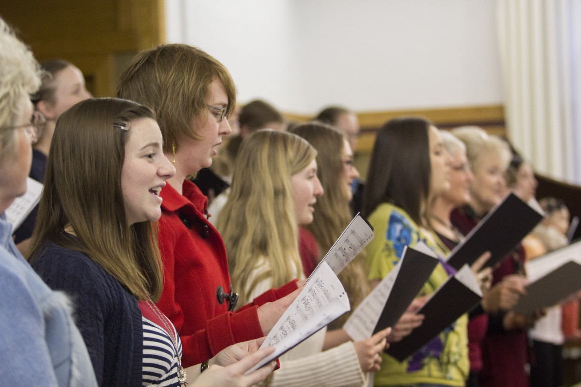 """Members of the """"One Truth-He Lives"""" choir rehearse for March 28 and 29 performance. On April 1, there will be more student-made music performed at the Student Composers Recital. NAMUUN ZULKHUU  