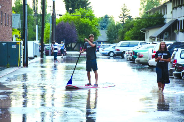 Residents discuss flood one year later
