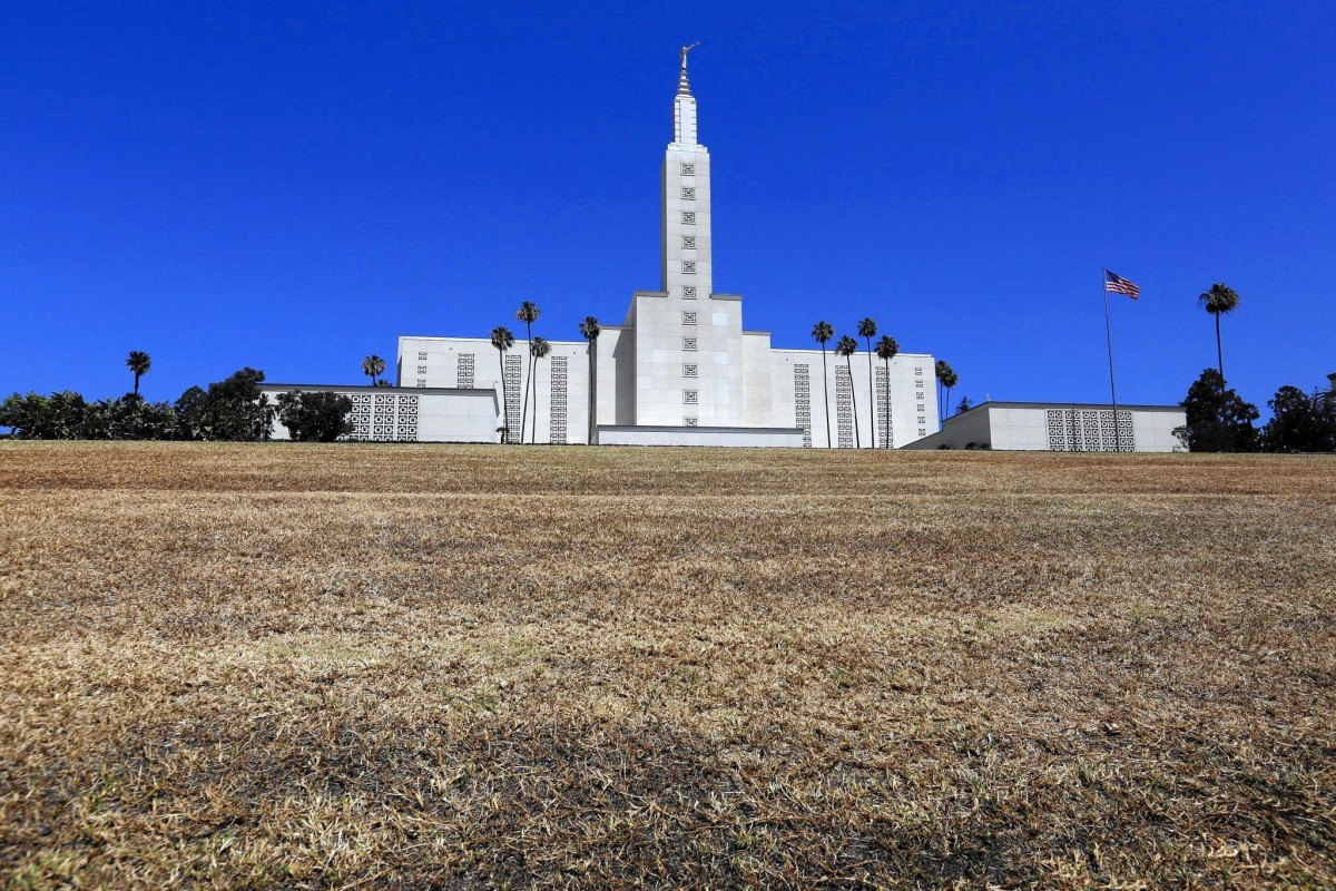 Los Angeles Temple goes without water