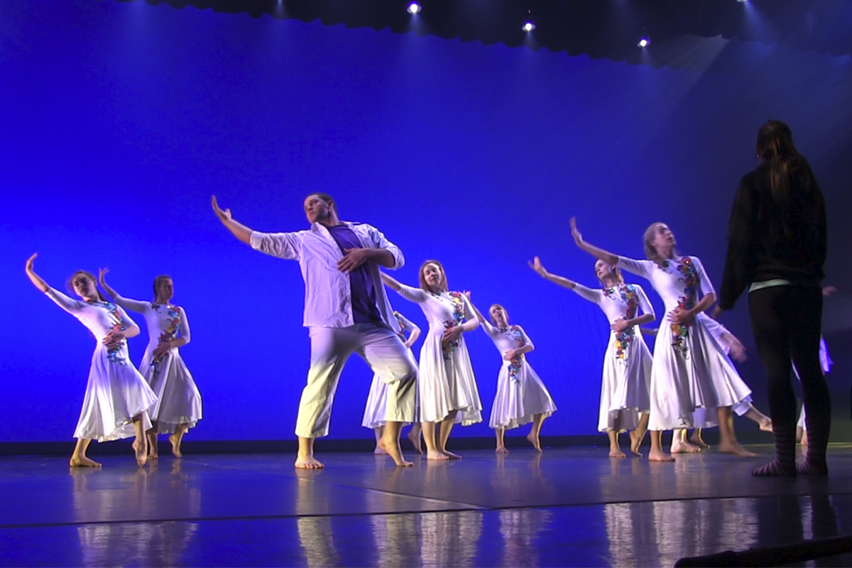 Extravadance centers performance around the family