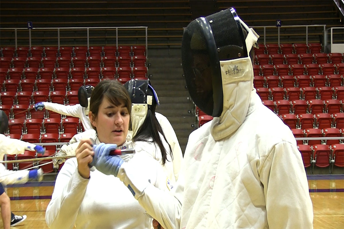 Students take a stab at teaching fencing