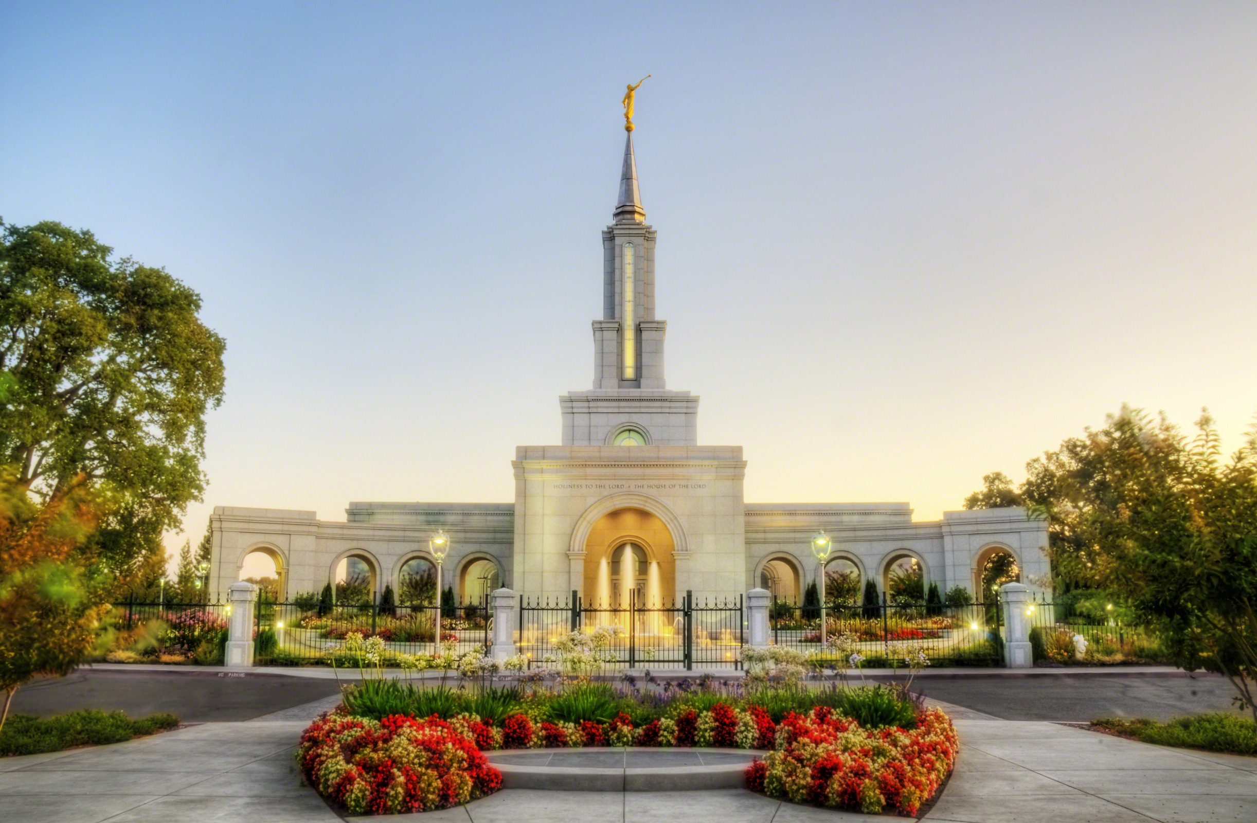 10 breathtaking temples from around the world - BYU-I Scroll