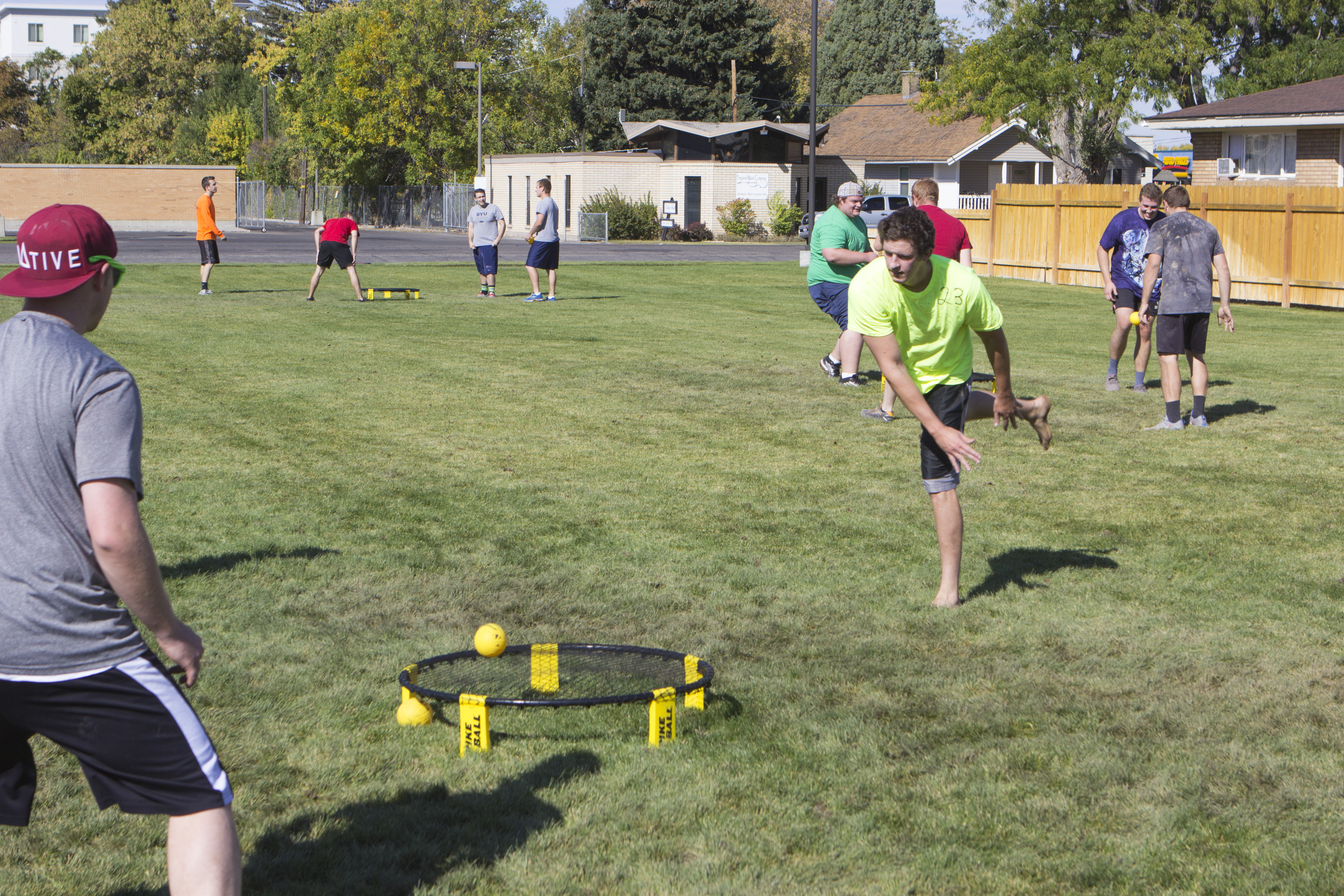 Spikeball serves Saturday sports' slate