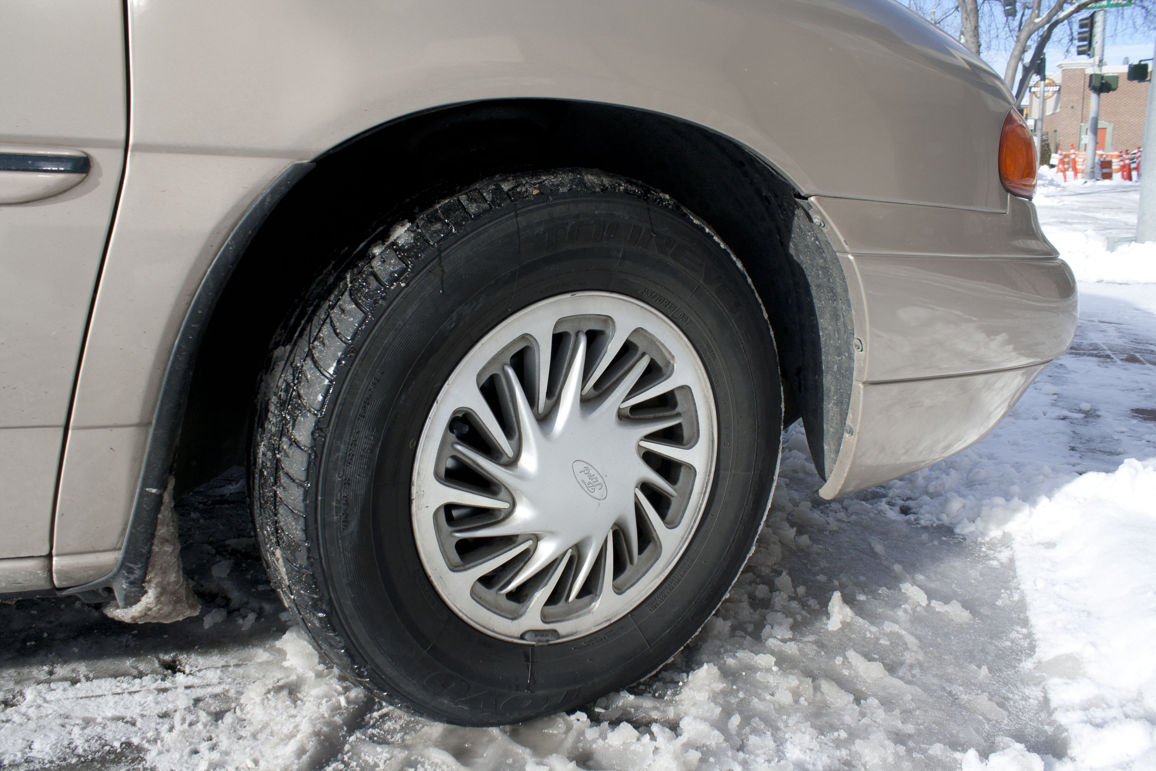 How to stay safe on the icy roads