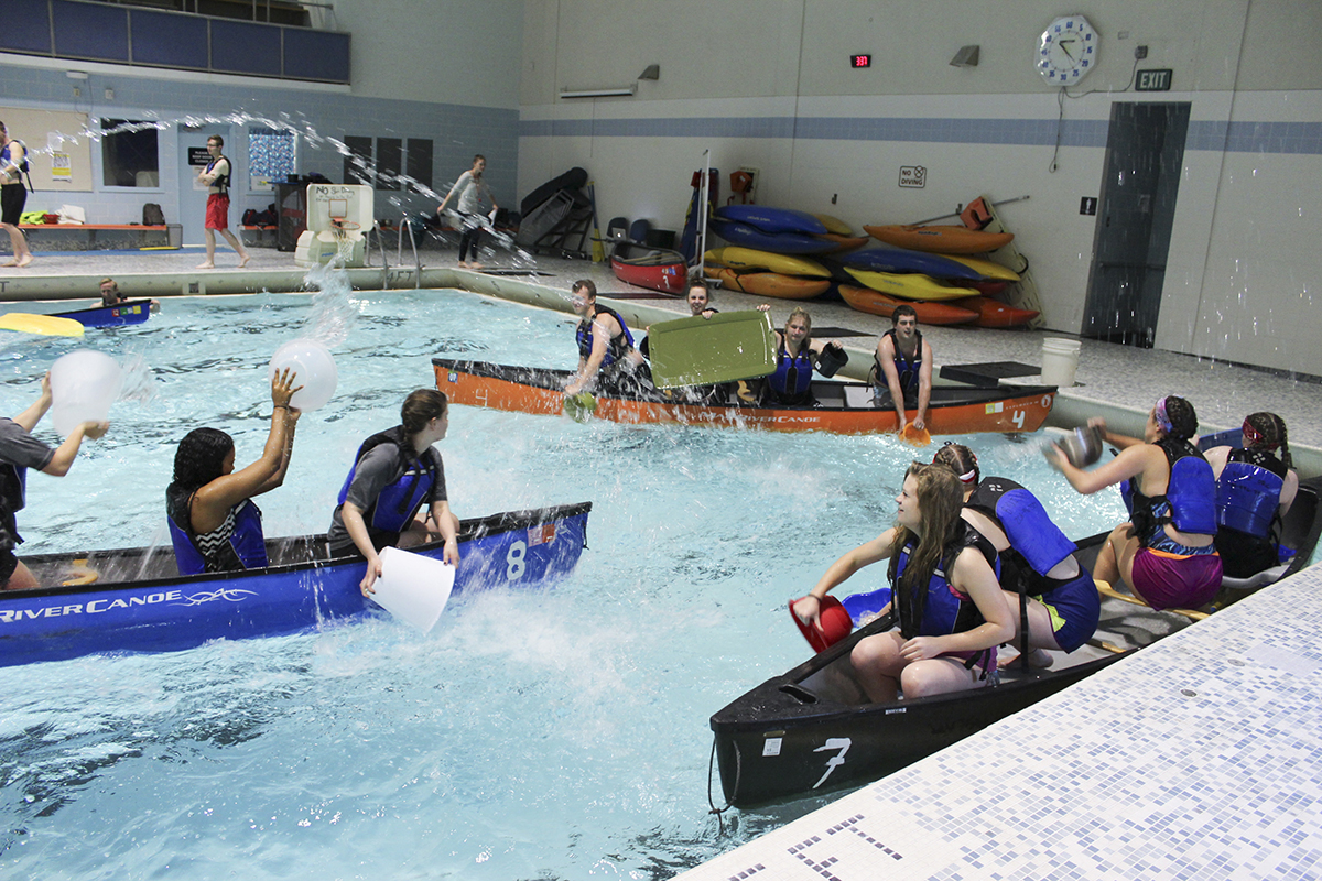 Alliances form during canoe battleship