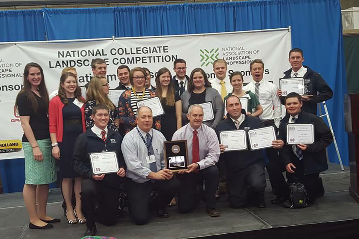 Taking second, students impress national judges