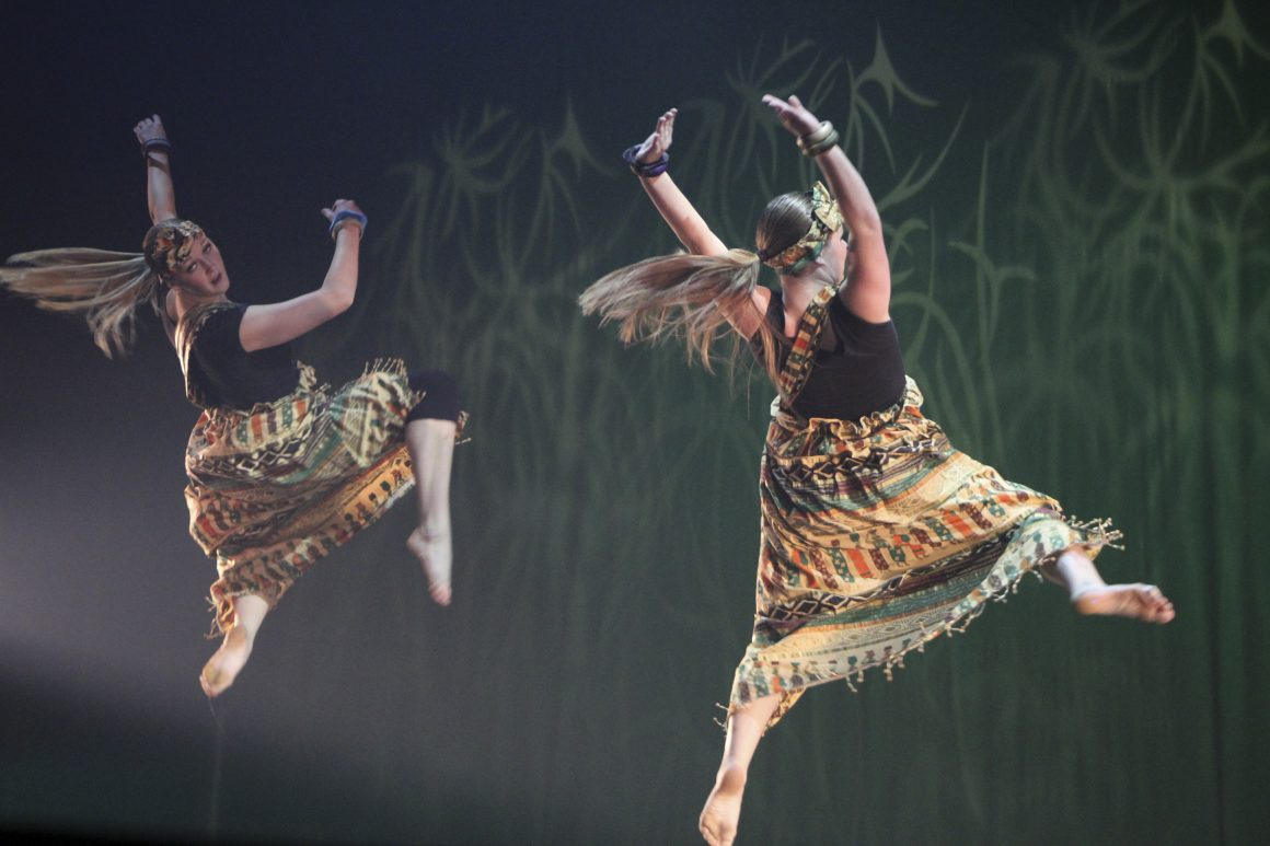 Extravadance (Emily Rose Perkins, Scroll Archive)