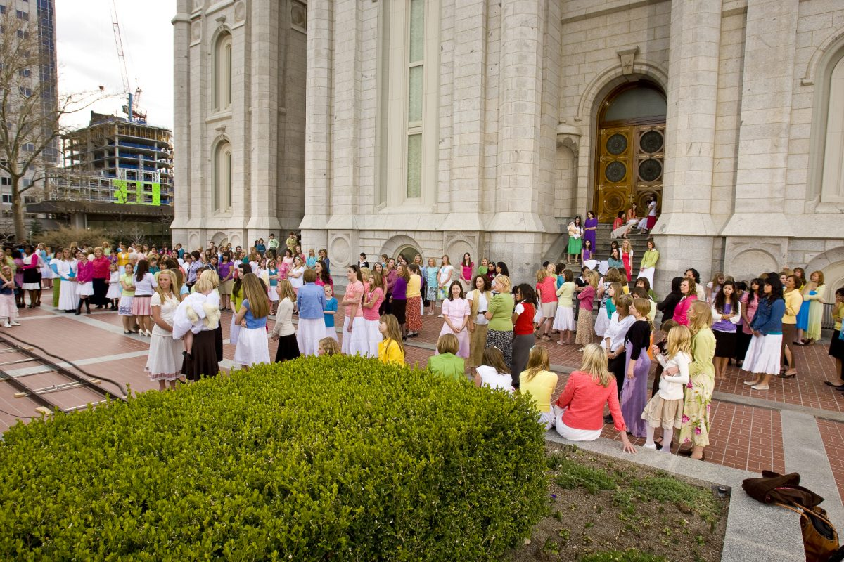 BYU-I students prepare for the General Women's session