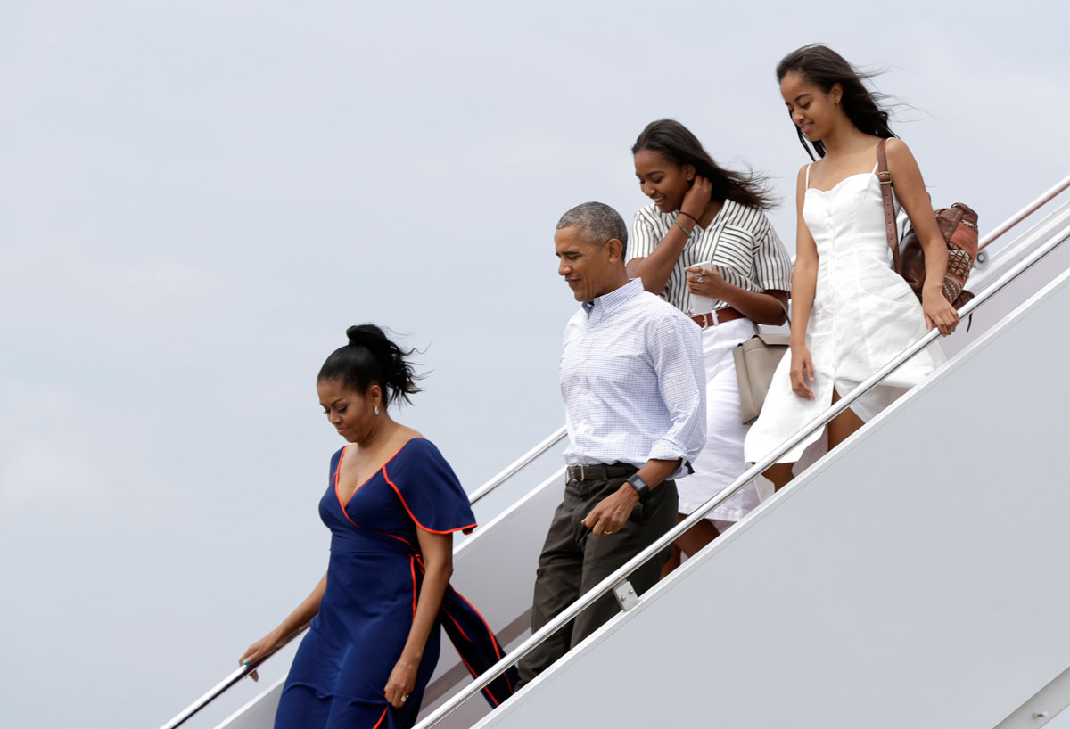 Obama's family only looks perfect