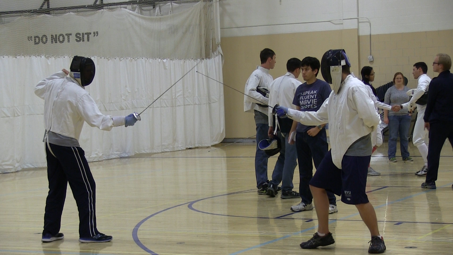 Students take a stab at fencing