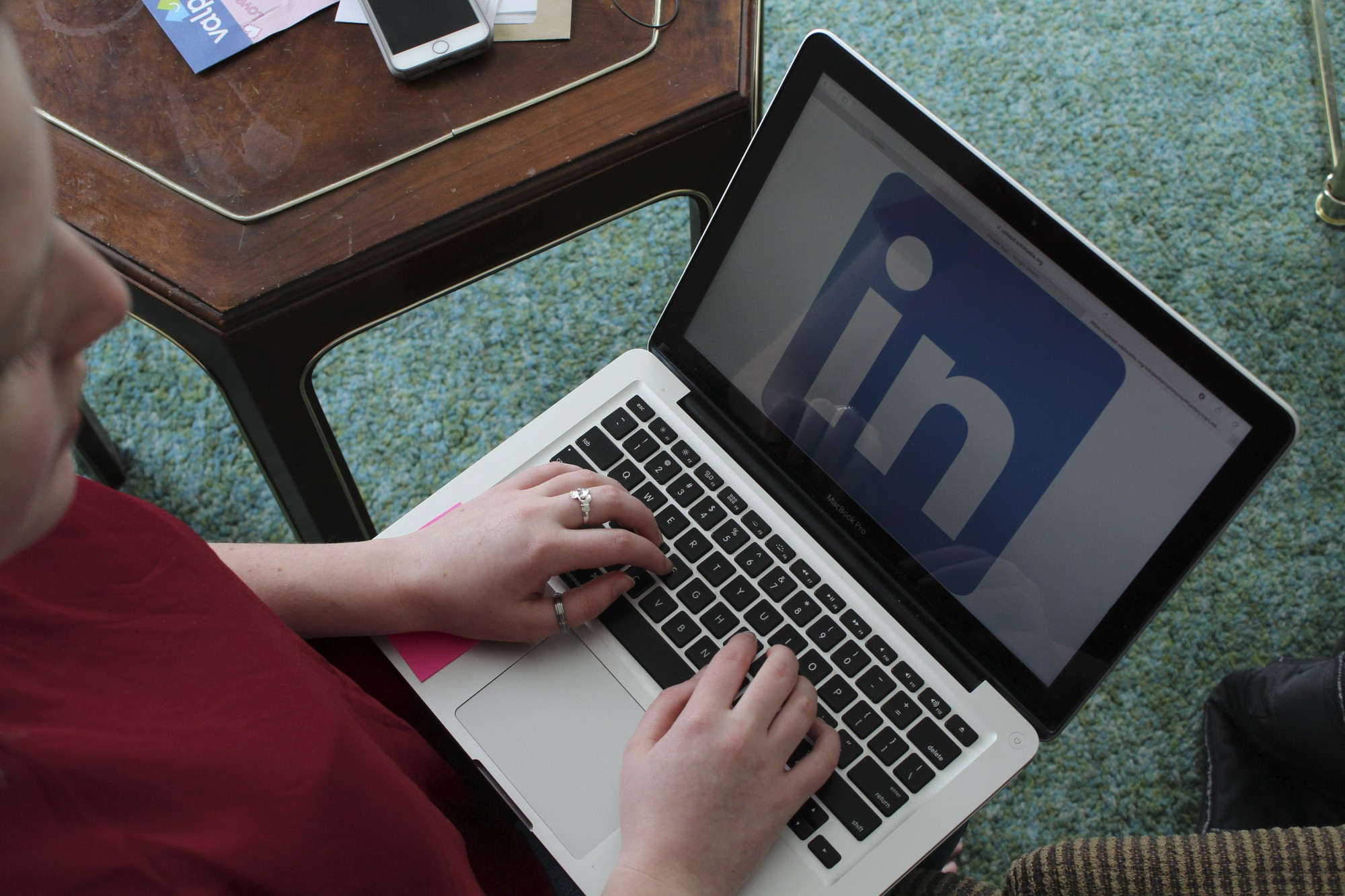 How to stand out on LinkedIn