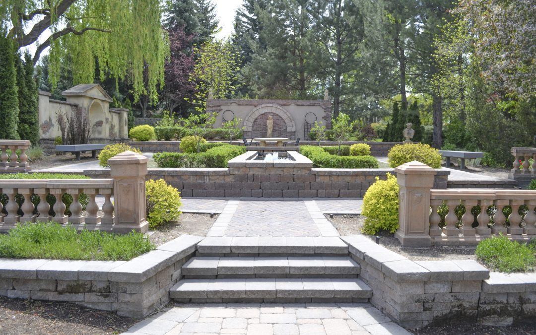 """Top 5 places to """"DTR"""" in the gardens"""