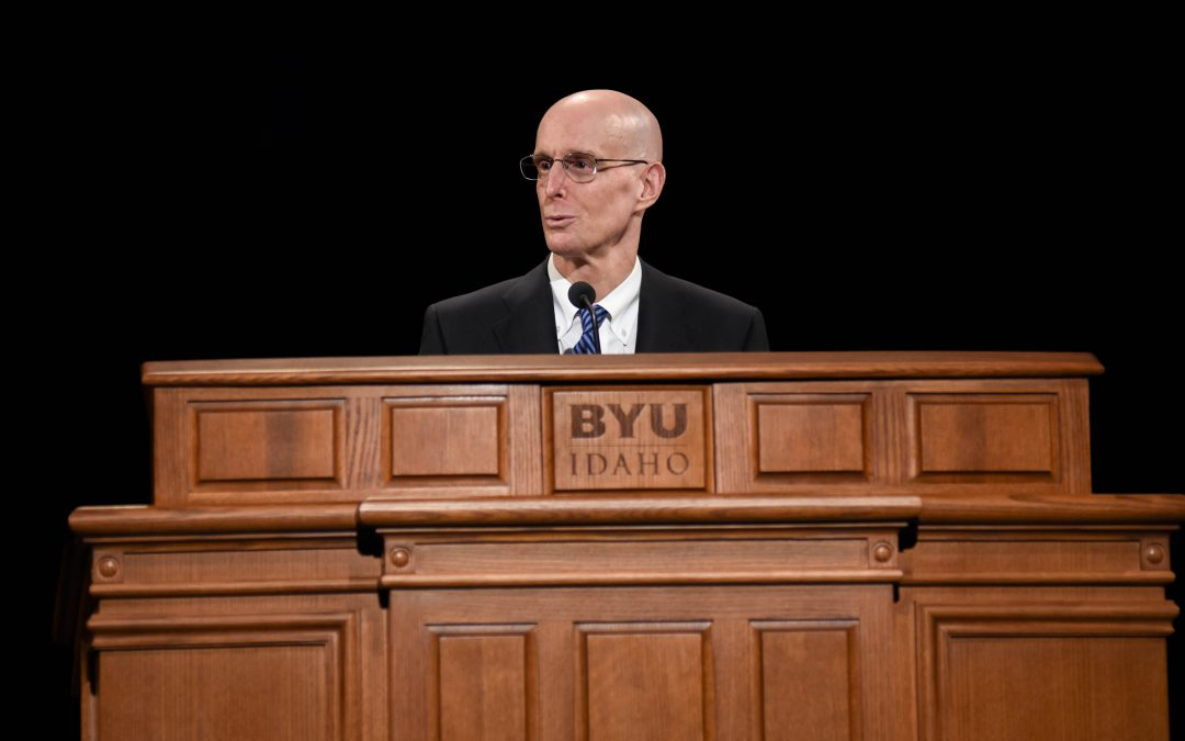 President Eyring addresses students at opening devotional