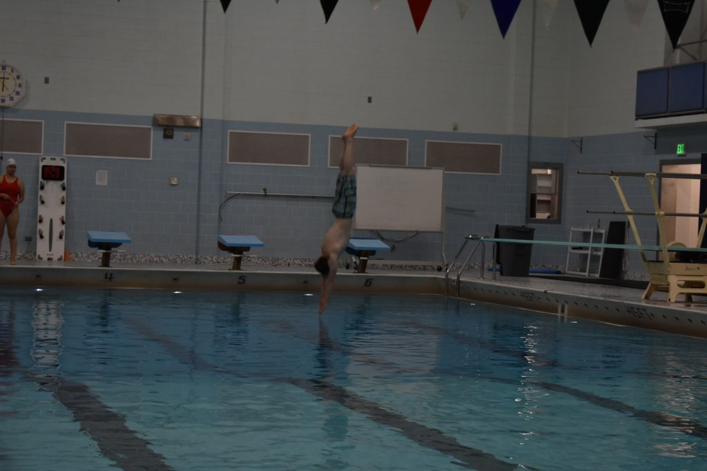 A straight dive
